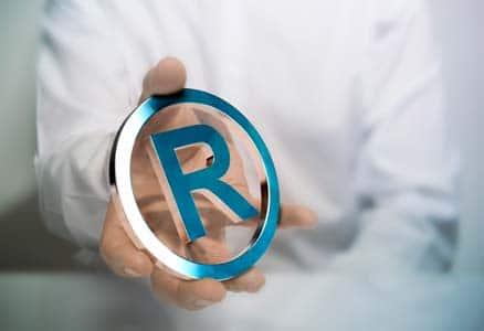 Servicios de detectives contra la propiedad industrial e intelectual